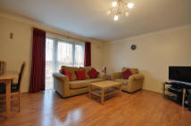Apartment in Assisi Court, Wembley...