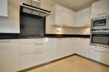 2 bedroom Apartment to rent in King Henry Mews...