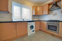 2 bedroom Maisonette in Thirsk Close, Northolt...