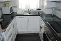Flat to rent in WINDSOR ROAD, London, N3