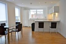 3 bed Apartment in Hudson House  Yeo Street...