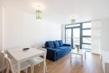 Apartment to rent in Maltings Close, Bow, E3