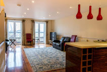 3 bed Town House in Jamestown Way, London...