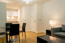 Apartment to rent in Vivo Killick Way, London...