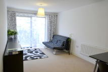 Flat to rent in Needleman Street, London...