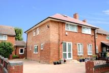 6 bed semi detached house in Adeyfield