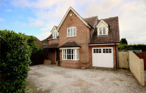 4 bed Detached house in Halstead Road...