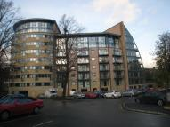 Flat to rent in Salts Mill Road, Shipley...