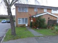 3 bedroom End of Terrace property in Edgefield Close, REDHILL