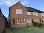 2 bedroom Flat in The Drive, HORLEY