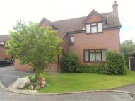Detached home to rent in Chesterfield Close...