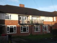 Flat to rent in Churchill Road, Langley...