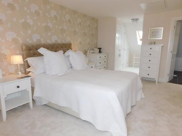 2nd floor Master Bed