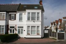 4 bed semi detached house in Meteor Road...