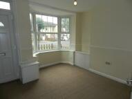 3 bedroom Terraced house to rent in Irthlingborough Road...
