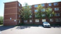2 bed Flat in Edward Court...
