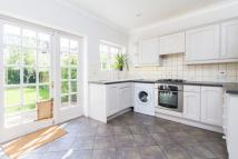 3 bedroom property in Ravensbury Road...