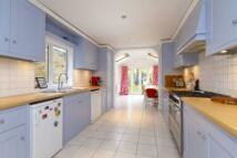 4 bedroom property in Swaffield Road...
