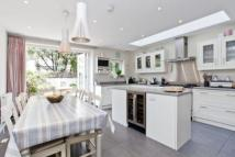 4 bedroom house to rent in Tonsley Hill, Wandsworth...
