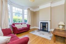 Flat to rent in St Anns Hill, Wandsworth...