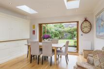2 bed house in Bertal Road, Tooting...