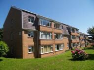 Flat in Llwyn-Y-Mor, Caswell...