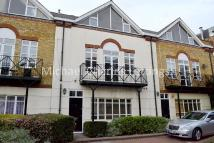 4 bed Town House to rent in Brecon Mews, Camden, N7