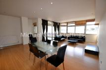 3 bedroom Flat in St. Pancras Way, Camden...