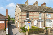 3 bedroom End of Terrace home for sale in Malling Road, Snodland