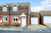2 bed semi detached home to rent in Cygnus Grove, Wokingham
