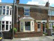 Terraced house to rent in Queens Avenue...