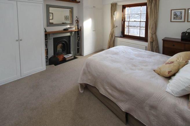 Elegant bedroom 1