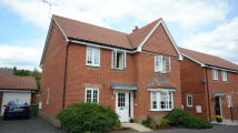 4 bed Detached house to rent in Woodland Walk, Aldershot...