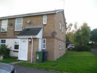 1 bedroom Apartment in Victoria Drive, Lyneham...