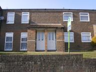 2 bed Flat to rent in Leeves Way, Heathfield...