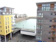 Flat to rent in Midway Quay, Eastbourne...