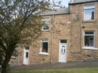 2 bedroom home in Mary Street...