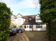 4 bed semi detached home to rent in Warren Road, Ickenham...