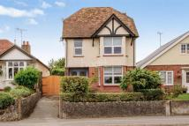 3 bedroom Detached home in Hythe Road