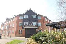 2 bed Flat to rent in White Willow Close