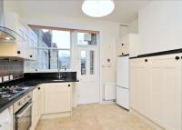 3 bedroom Flat to rent in York Mansions...