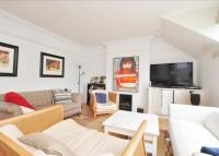 Flat to rent in Clapham Common West Side...