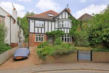 4 bedroom Detached house in Holly Lodge Gardens...