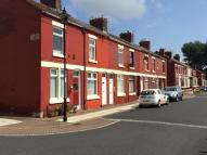 Terraced property to rent in GRAFTON STREET...