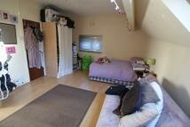 Studio apartment to rent in Cottage Road, Headingley...