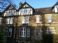 Flat to rent in Holly Bank, Headingley...