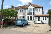 4 bedroom End of Terrace home in Rom Crescent, Romford