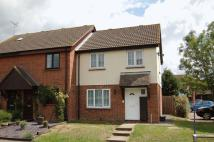 3 bedroom semi detached house to rent in Pollards Green...