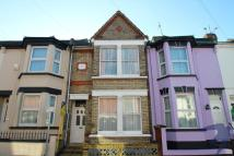 Linden Road Terraced house to rent