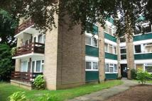 2 bedroom Flat to rent in Off London Road